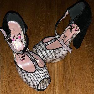 Iron fist size heels